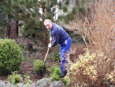... auch für Gartenarbeit sind wir uns nicht zu schade!